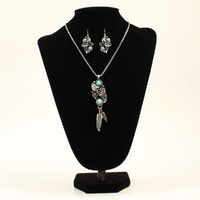 Floral Scroll Necklace & Earring Set